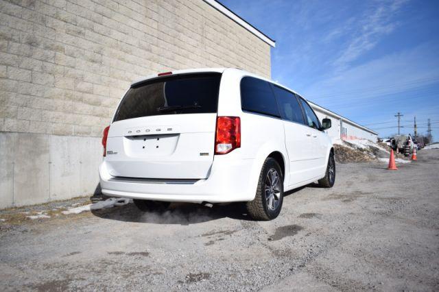 2017 Dodge Grand Caravan SXT Premium Plus  | POWER LIFT GATE | LEATHER