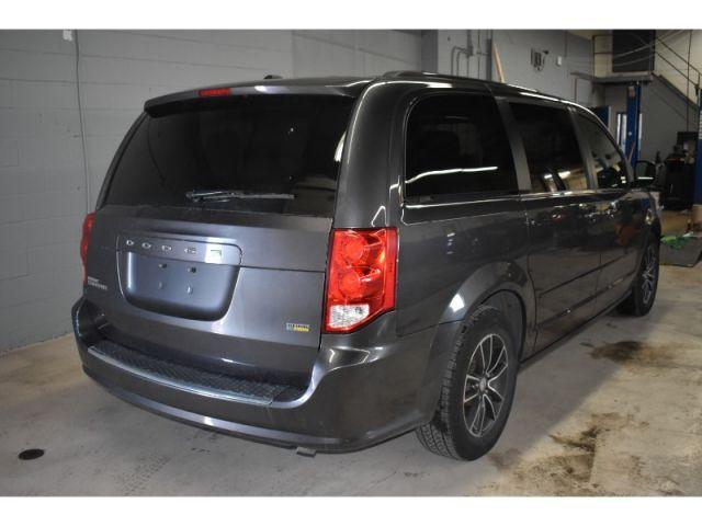 2017 Dodge Grand Caravan SXT+ * UCONNECT * FULL STOW N GO * SAT RADIO *