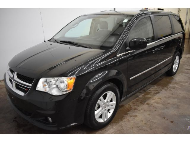 2017 Dodge Grand Caravan CREW+ * NAV * BACKUP CAMERA *  DVD * HEATED SEATS *