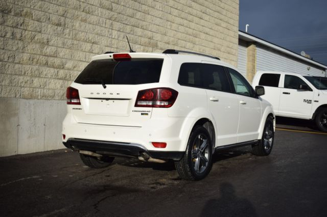 2017 Dodge Journey Crossroad  | LEATHER | DVD |  DUAL CLIMATE | NAV |