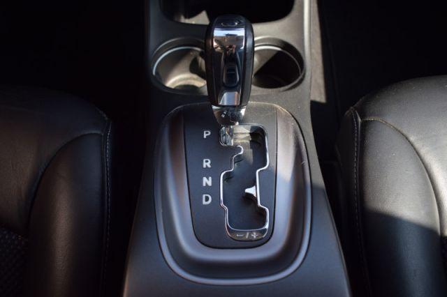 2017 Dodge Journey Crossroad  | HEATED SEATS & WHEEL | LEATHER |