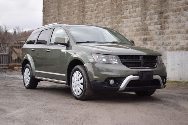 2017 Dodge Journey Crossroad  | HEATED SEATS | SUNROOF |