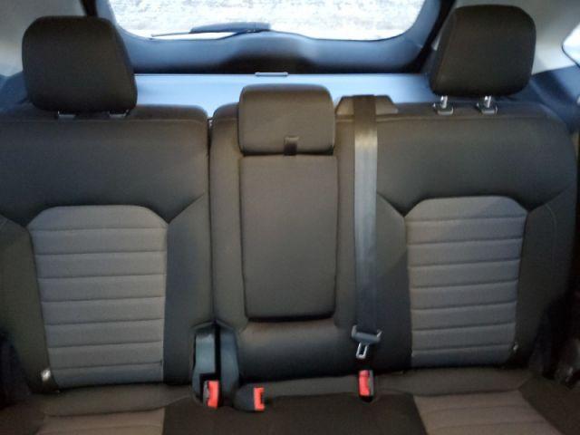 2017 Ford Edge SE  $79 / WK