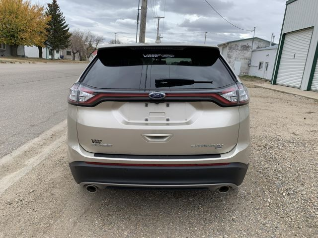 2017 Ford Edge Titanium Moonroof AWD Local Trade