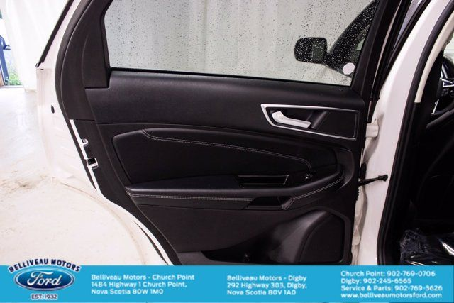2017 Ford Edge Titanium