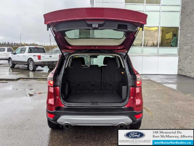 2017 Ford Escape SE   ASK ABOUT NO PAYMENTS FOR 120 DAYS OAC