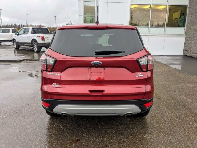2017 Ford Escape SE   |UP TO $10,000 CASH BACK O.A.C