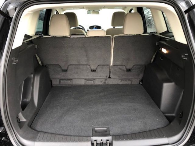 2017 Ford Escape SE  - Bluetooth -  Heated Seats - $137 B/W