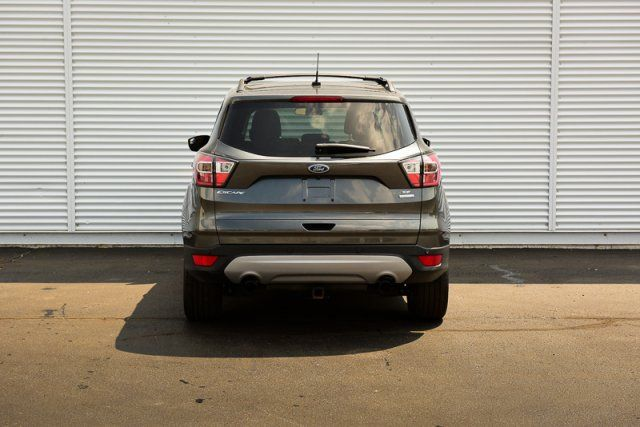 2017 Ford Escape SE / ONE OWNER / BACK UP CAM / HEATED SEATS