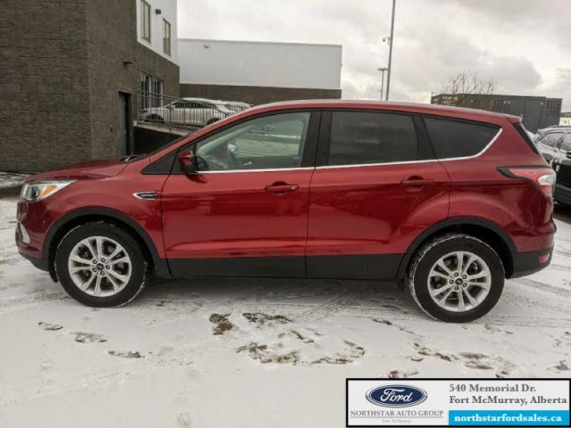 2017 Ford Escape SE  |1.5L|Reverse Camera System|Heated Seats