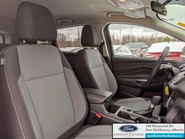 2017 Ford Escape SE  |1.5L|Reverse Camera System|Heated Seats
