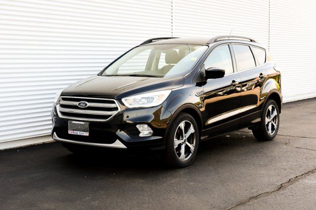 2017 Ford Escape SE / CERTIFIED / Accident Free / Backup Cam