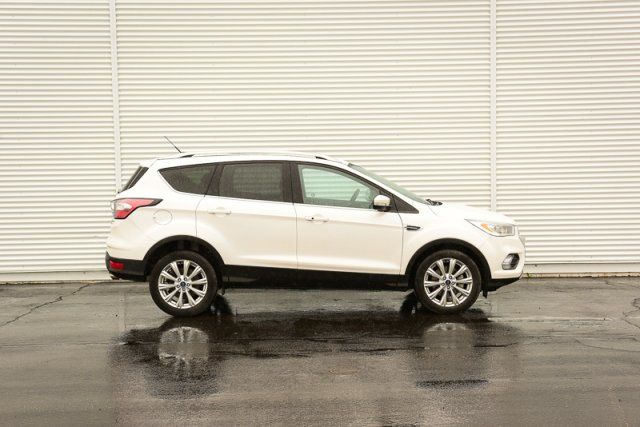 2017 Ford Escape Titanium / CERTIFIED / Backup Cam / Heated Leather