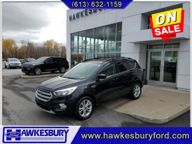2017 Ford Escape TOW PACK. ROOF RAILS ANS CROSSBAR