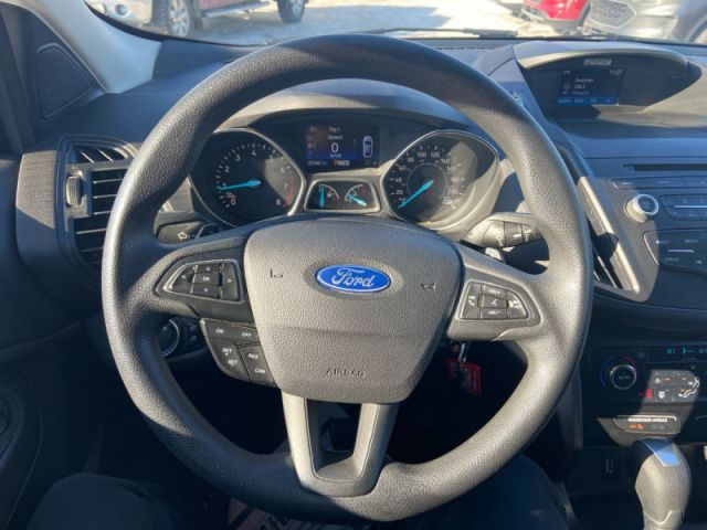 2017 Ford Escape SE  - One owner - Alloy Wheels - $130 B/W