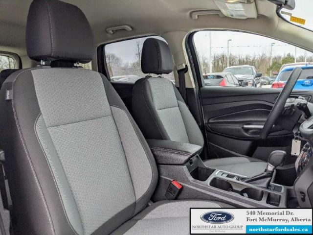 2017 Ford Escape SE  |CERTIFIED PRE-OWNED