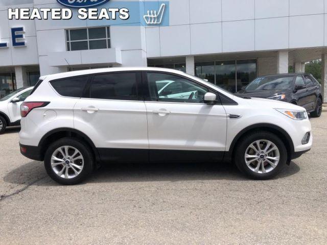 2017 Ford Escape SE   - Bluetooth -  Heated Seats- Back up Camera-