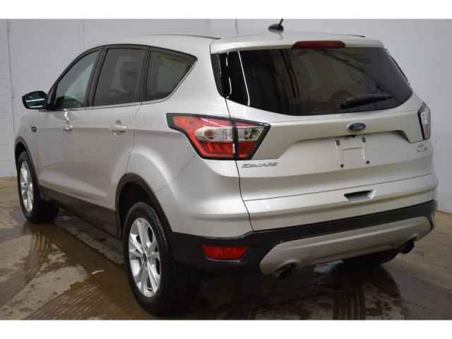 2017 Ford Escape SE * ELECTRONIC KEYPAD ENTRY * LOW KMS *