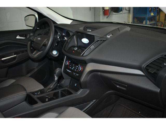 2017 Ford Escape SE 4X4 - NAV * TOUCH SCREEN * HEATED SEATS