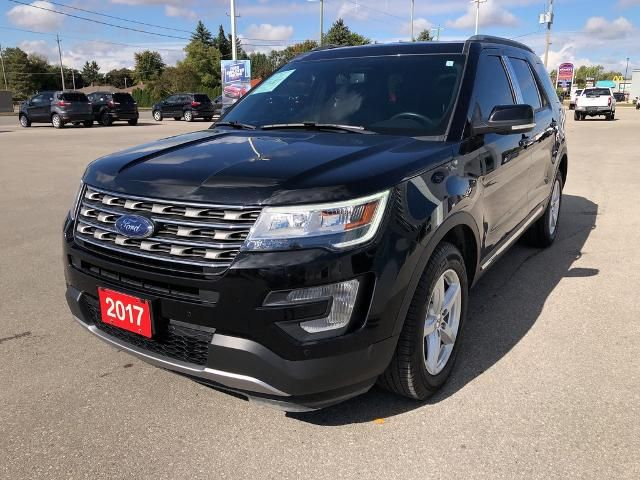 2017 Ford Explorer XLT,  4WD, Leather, Power Foot Act. Liftgate, Tow Pkg