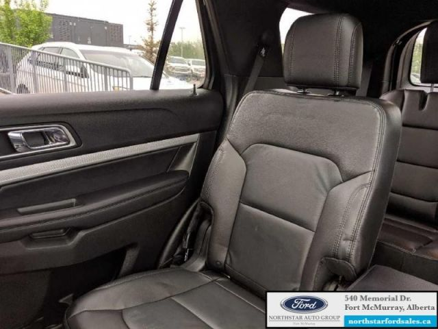 2017 Ford Explorer XLT  |3.5L|Rem Start|Nav|Dual Panel Moonroof