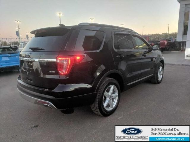 2017 Ford Explorer XLT 4WD|3.5L|Rem Start|Nav|Twin Panel Moonroof