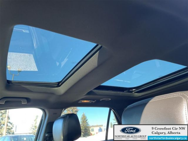 2017 Ford Explorer Limited  |V6| MOONROOF| TOW PKG| BLIS|  - $237 B/W