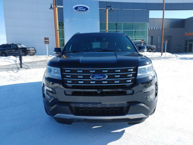 2017 Ford Explorer Limited  - $258 B/W - Low Mileage