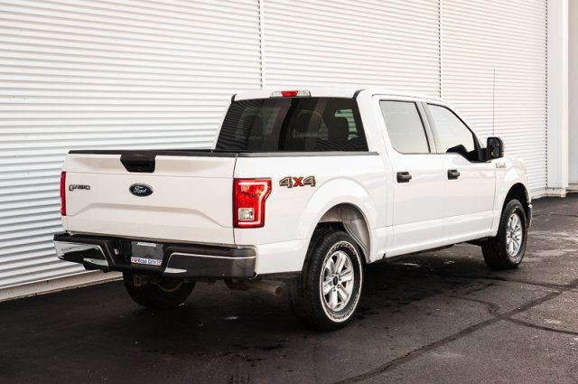 2017 Ford F-150 XLT / ACCIDENT FREE / TRAILER TOW PKG / BACK UP CAM