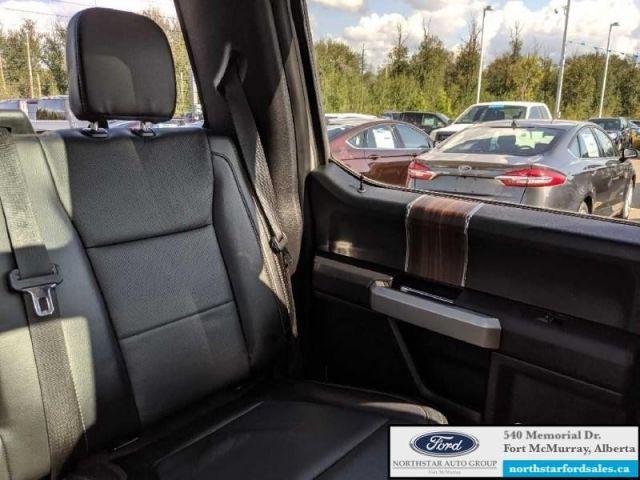 2017 Ford F-150 Lariat  |3.5L|Rem Start|Nav|Twin Panel Moonroof|FX4 Offroad Pkg