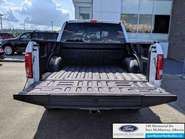 2017 Ford F-150 Lariat  |3.5L|Rem Start|Nav|Twin Panel Moonroof|FX4 Offroad Pkg