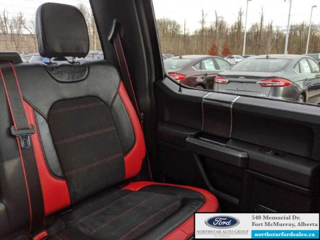 2017 Ford F-150 Lariat  |3.5L|Rem Start|Nav|Twin Panel Moonroof|Special Edition
