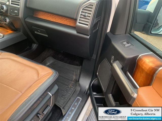 2017 Ford F-150 Limited  |LIMITED| 3.5 ECOBOOST| SUNROOF| NAV| - $355 B/W