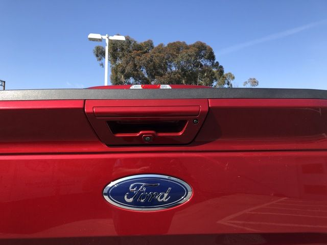 2017 Ford F-150 Lariat 4WD SuperCrew 5.5 Box