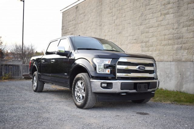 2017 Ford F-150 Lariat  POWER SIDE STEPS | 4X4 | MOONROOF | FRONT & REAR HEATED