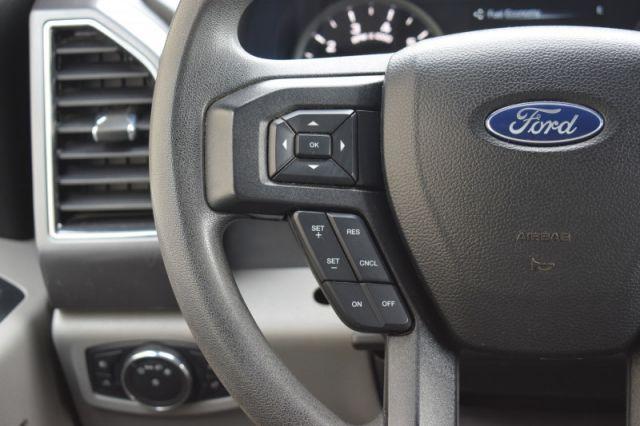 2017 Ford F-150 XLT  | 4X4 | SIDE STEPS