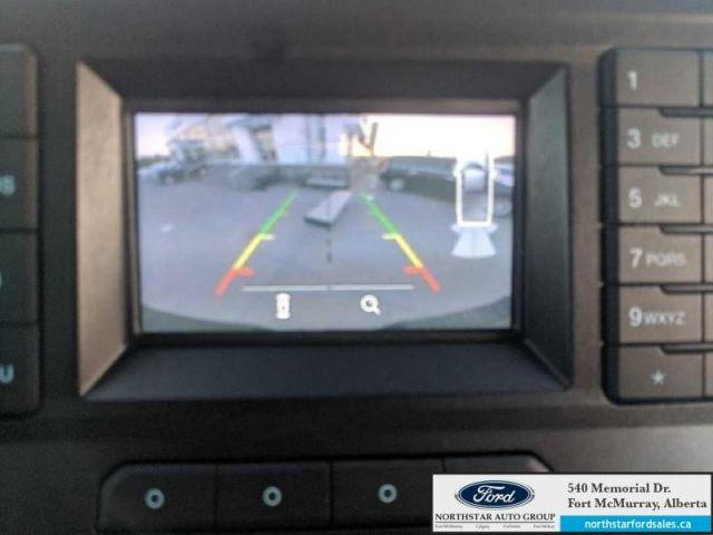 2017 Ford F-350 Super Duty XLT|6.2L|XLT Value Pkg|FX4 Offroad Pkg|Upfitter Switches