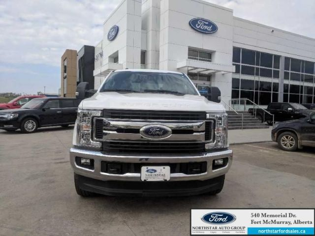 2017 Ford F-350 Super Duty XLT|6.2L|XLT Value Pkg|FX4 Offroad Pkg|Upfitter Switches
