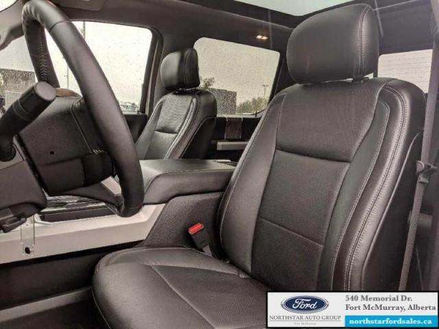 2017 Ford F-350 Super Duty Lariat  |6.7L|Rem Start|Nav|Twin Panel Moonroof|Ultimate Trailer