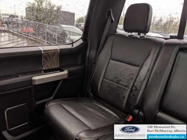 2017 Ford F-350 Super Duty Lariat  |6.7L|Rem Start|Nav|Twin Panel Moonroof|FX4 Offroad Pkg
