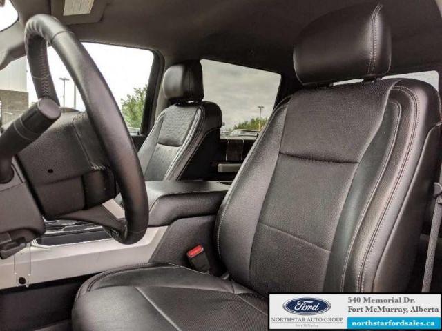 2017 Ford F-350 Super Duty Lariat  |6.7L|Rem Start|Nav|Quad Beam LED Headlaps