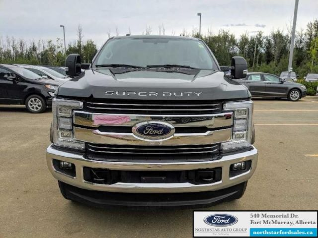 2017 Ford F-350 Super Duty Lariat  |6.7L|Rem Start|Nav|Quad Beam LED Headlaps