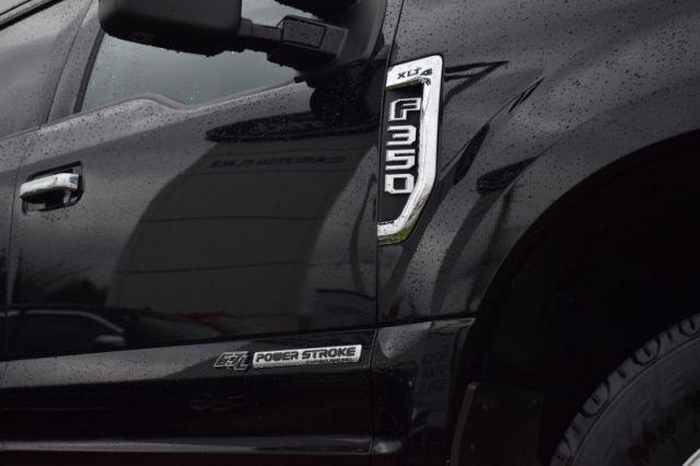 2017 Ford F-350 Super Duty XLT    BLUETOOTH   HEATED SEATS  