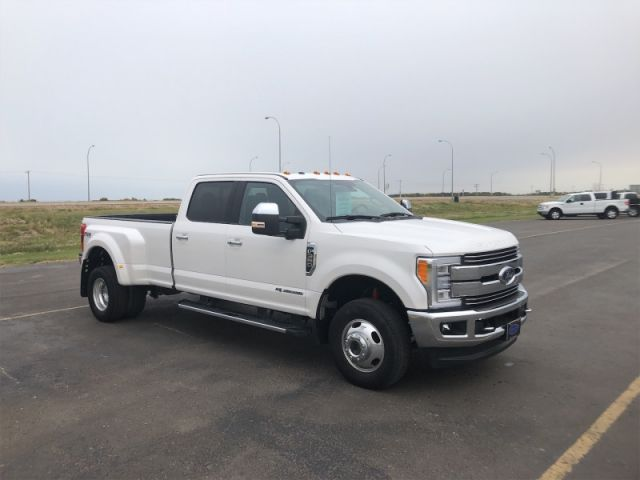 2017 Ford F-350 Super Duty Lariat  Diesel Dually $269 / week