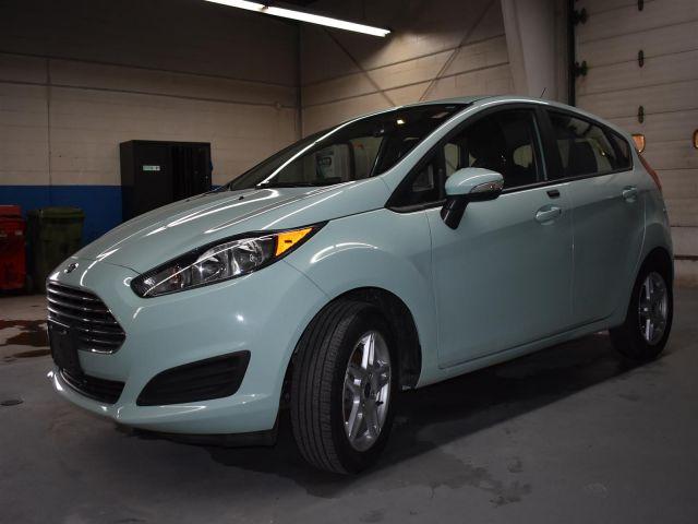 2017 Ford Fiesta SE * LOW KMS * BLUETOOTH *
