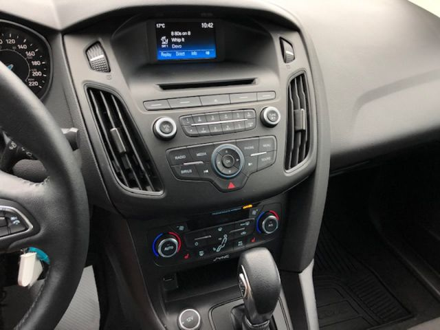 2017 Ford Focus SE Sedan  - $105 B/W