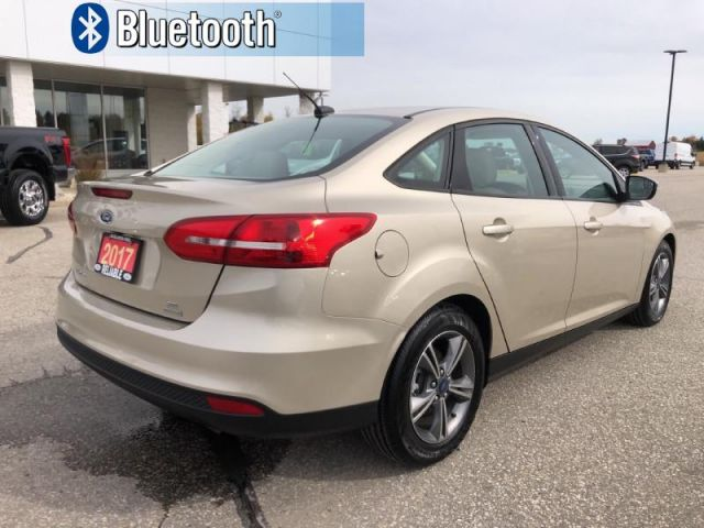 2017 Ford Focus SE   CPO Vehicle, 2.9% Financing up to 60 months OAC- Bluetooth