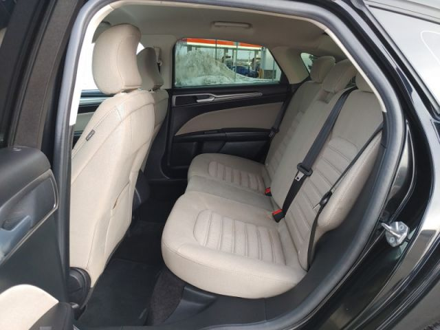 2017 Ford Fusion - $84 B/W