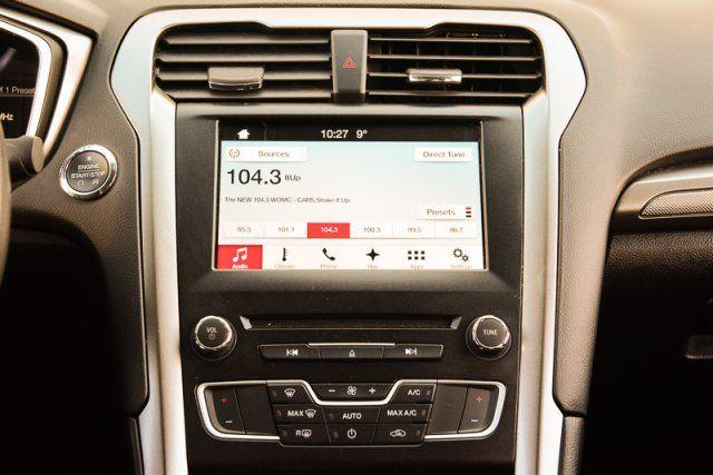 2017 Ford Fusion SE / CERTIFIED / Backup Cam / Nav