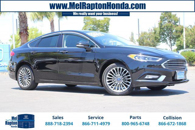 2017 Ford FUSION Sedan SE